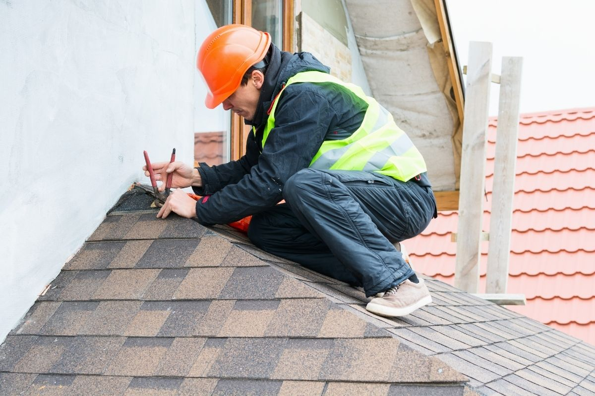 Roof Restoration Ipswich - Contact us for a Free Quote